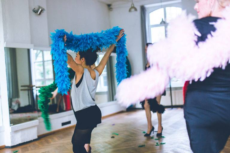 Getting your Tassels to twirl – It's Week 3 at the Burlesque Course